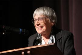 ゲド戦記の著者、アーシュラ・K・ル=グィンが描いた「性のない世界」[The New York Times]