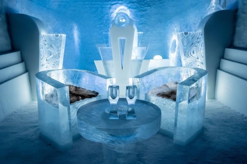 気分は雪の女王。グラスまで氷のリュクスな「アイスホテル」4選