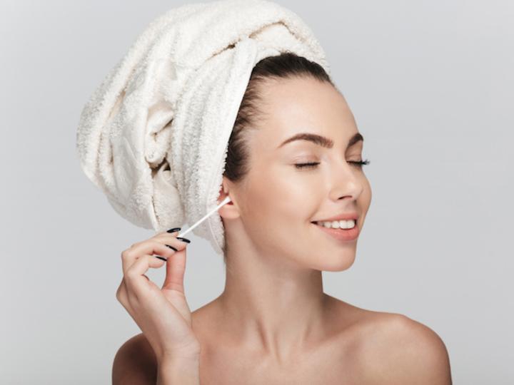 綿棒を耳掃除に使うのは絶対にやめた方がよい理由