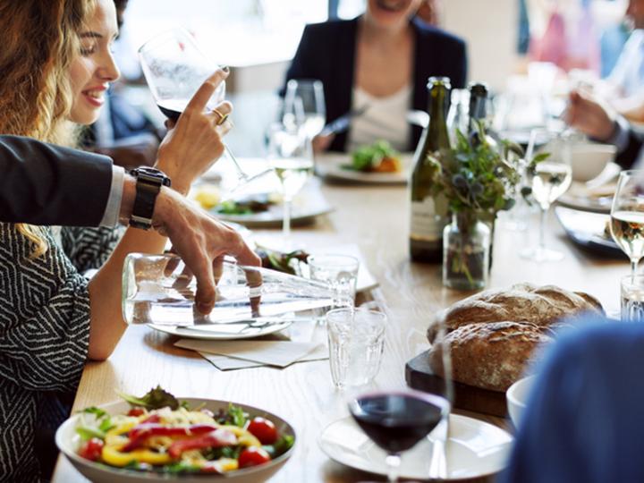 仕事のパフォーマンスを上げる「食事のスキル」
