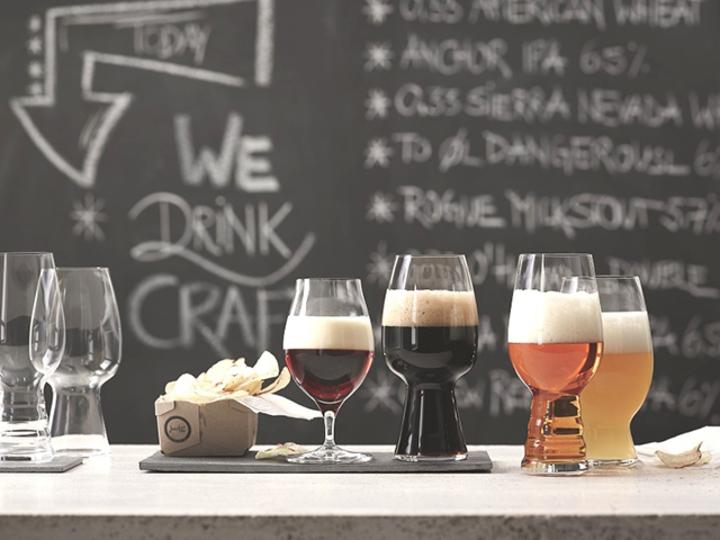 ぷしゅっ。毎日の缶ビールが2倍おいしくなる飲み方