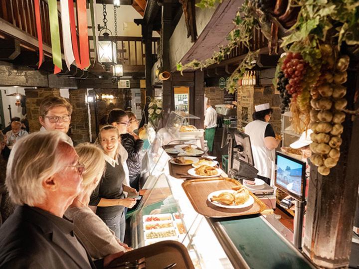 ウィーンの料理と雰囲気を楽しめるお店は、ここに