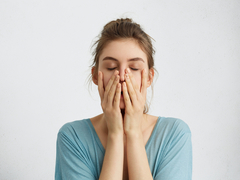 体験者が語る「卵巣がん」の怖さ。むくみや疲れをPMSだと思っていたら......