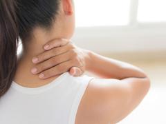 その筋肉痛、心臓発作の前兆かも? 見逃しやすい8つの症状