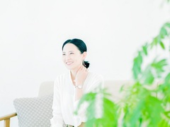 はじまりの季節に思い出す、私の背中を押すあの言葉/モデル 浜島直子さん