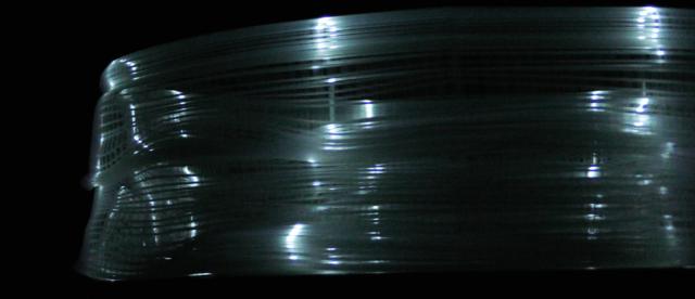 後藤映則『toki-』:3Dプリントされたゾートロープに光を投射すると...