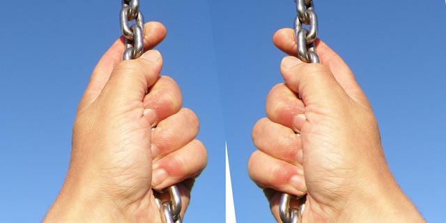 「ポスト・シェアリングエコノミー」の本質ーーブロックチェーンが企業から主導権を剥奪するか