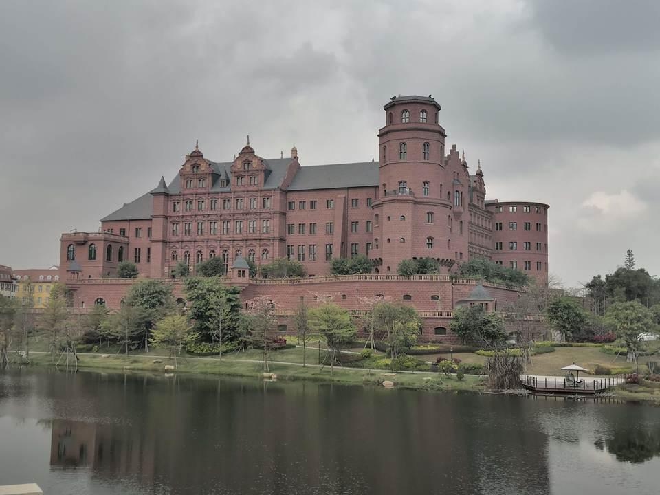 広東省東莞市にある華為科技(ファーウェイ)の新キャンパス