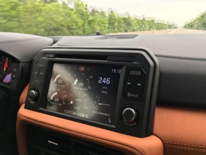 これが時速250kmオーバーの世界。新型「NISSAN GT-R 2017年モデル」でアウトバーンをアクセルバーン!してきた