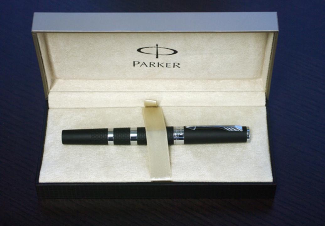 パーカーから第5世代のペンあらわる! このスラスーラ具合は新しすぎる