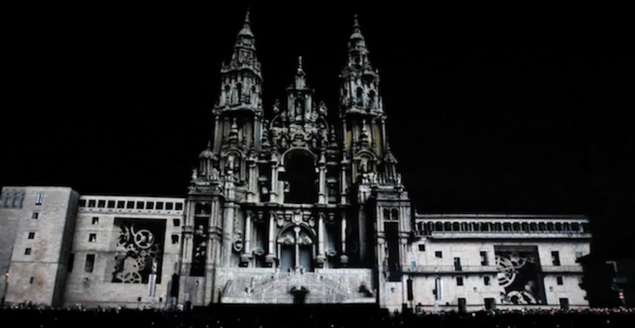 このスケールは見物ですぞ! スペインの大聖堂でプロジェクションマッピング(動画)