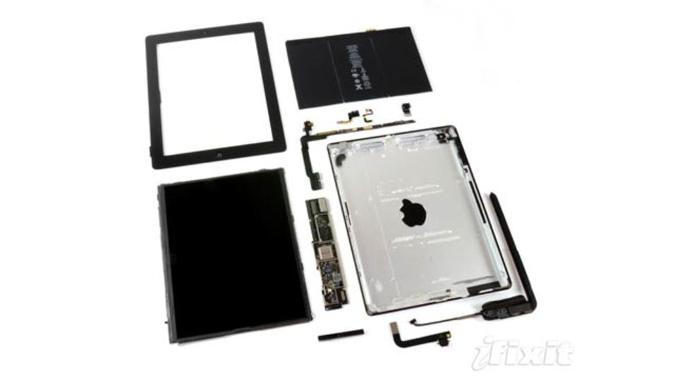 真実がここに...? 第4世代iPad、解剖。