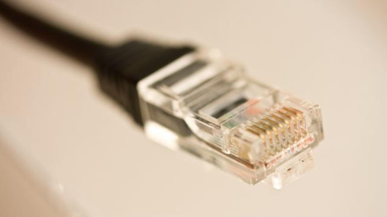 全世界のインターネットの情報量って物理的にどれぐらいなの?