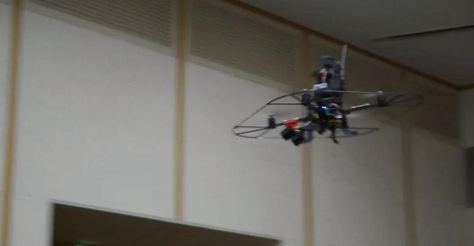 月額5000円でレンタル...民間初の「防犯用飛行ロボット」完成でドロボーもう逃れられない(動画あり)
