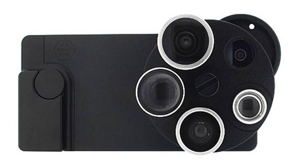 4種類のカメラレンズが装着できる、いかつくて便利なiPhoneケース