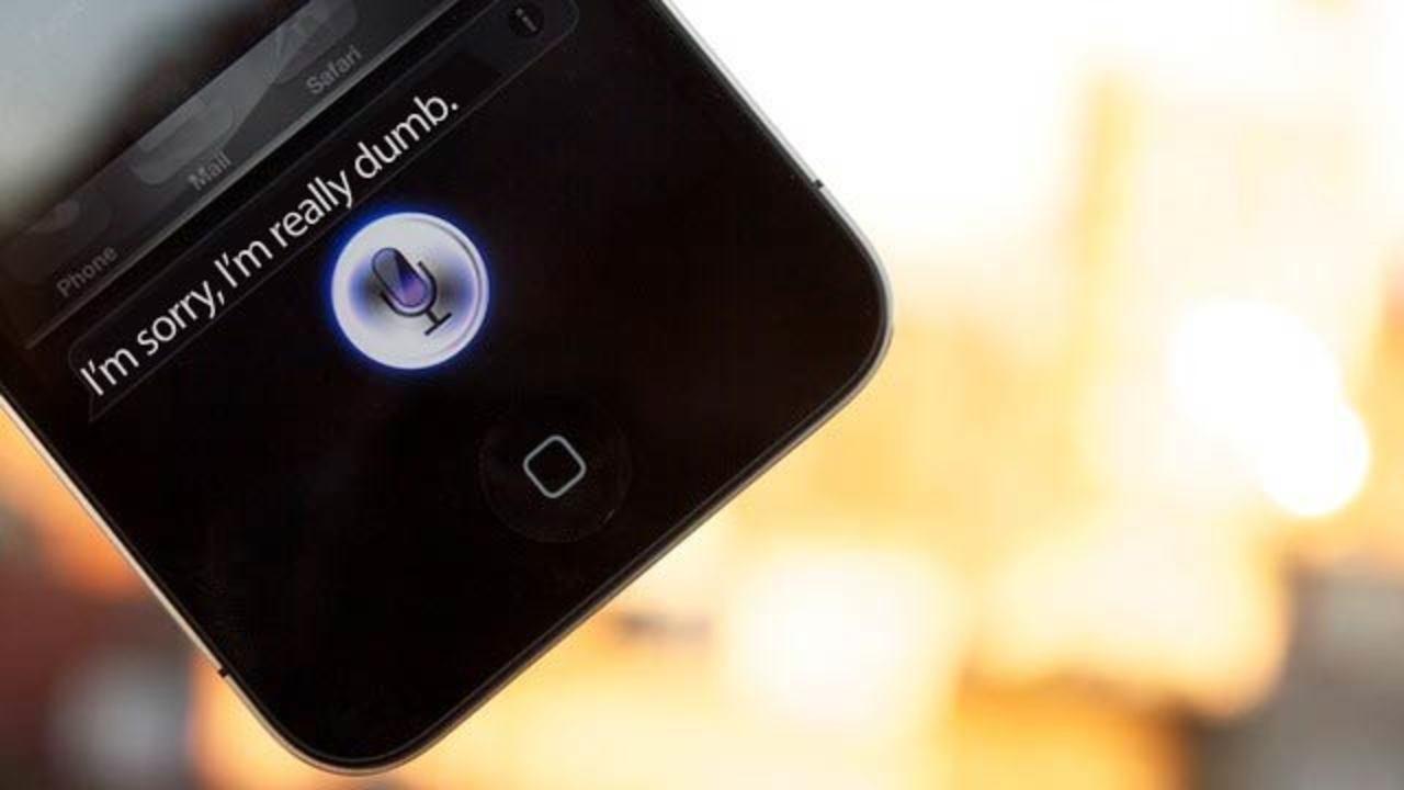 SiriはAndroidに搭載予定だった! ジョブズに奪われたVerizonの無念