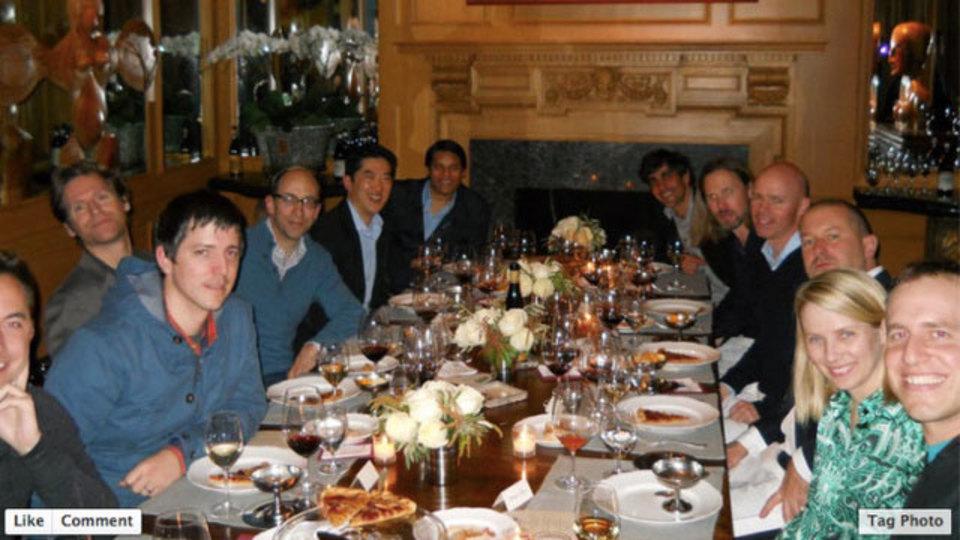 シリコンバレー著名人が一堂に会したピザパーティー、J・アイヴ氏、M・メイヤー氏等が参加