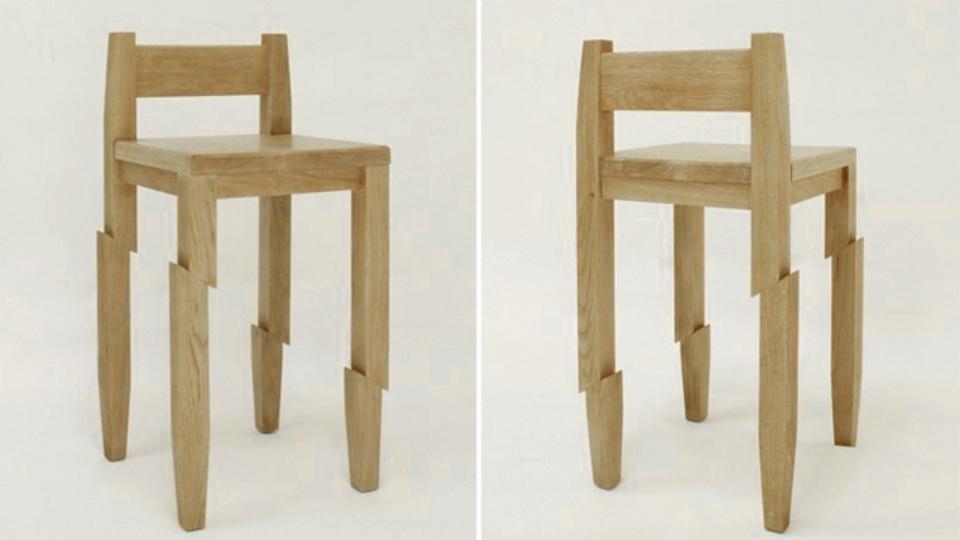 どこのサムライの仕業だ! 斜めにずり落ちそうで落ちない椅子「Samurai Chair」