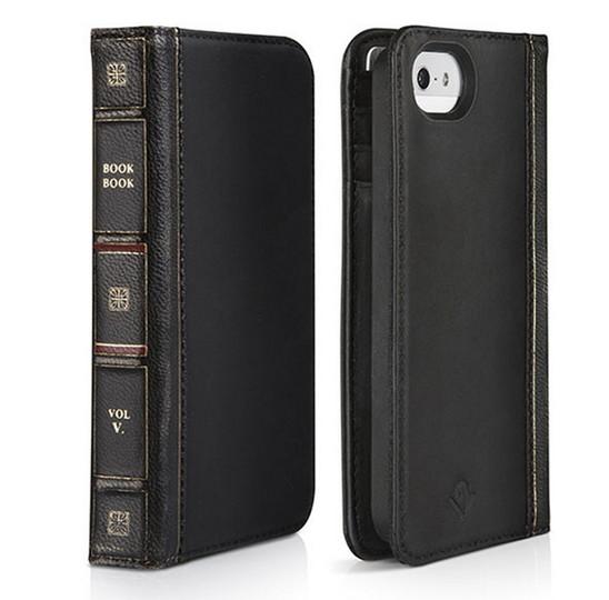 文庫本? いえいえ、iPhoneケースです。カードも入ります。