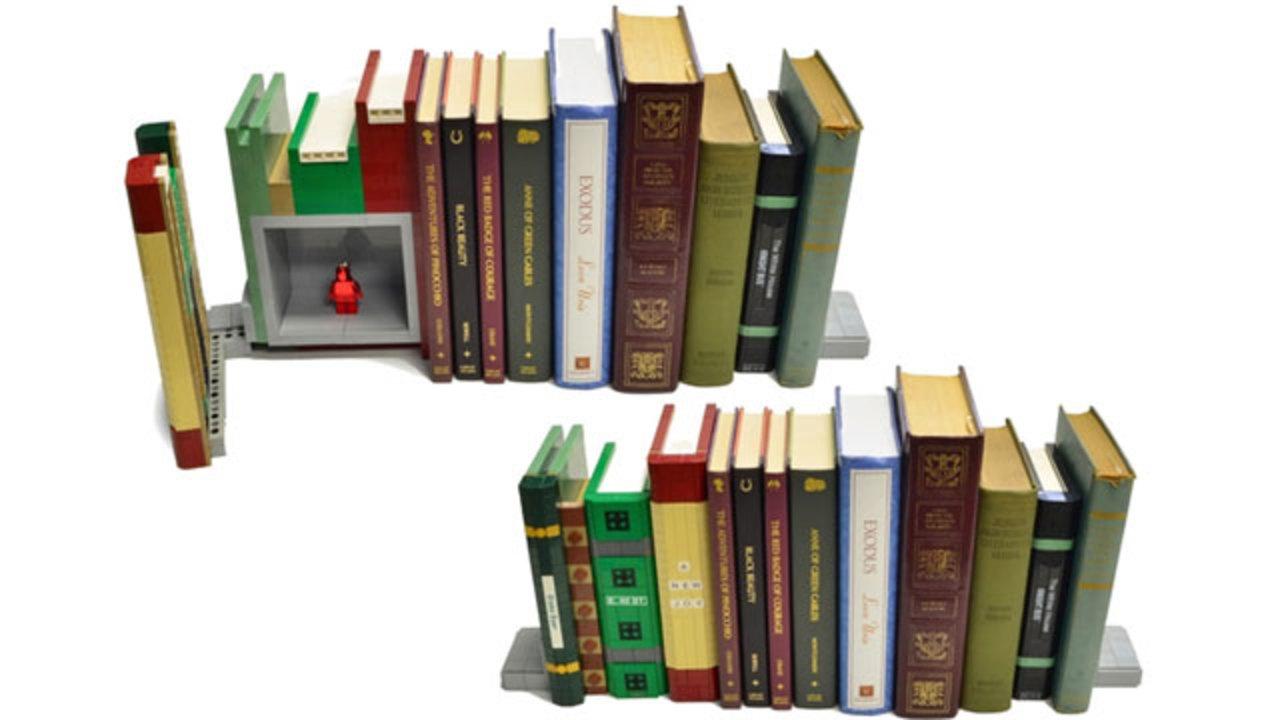 本棚に見せかけたレゴの隠し金庫(動画あり)