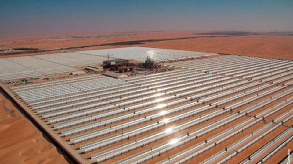 アラブ首長国連邦が、世界最大の太陽光発電所を開設