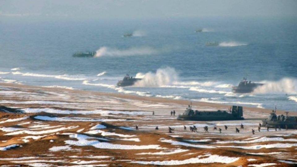 北朝鮮軍の実力は? その戦闘艦はフォトショで加工されたものだったり...