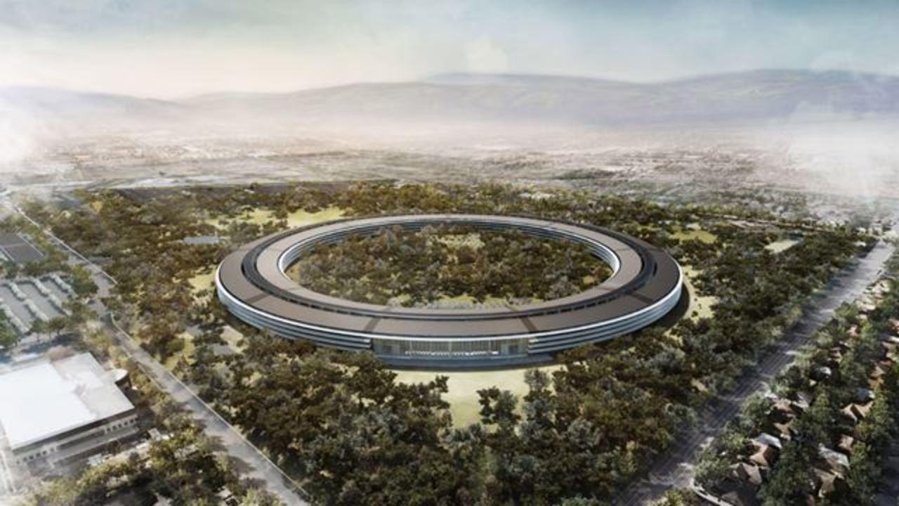 アップルの宇宙船型新本社が天文学的に予算オーバー。972億円削ることに