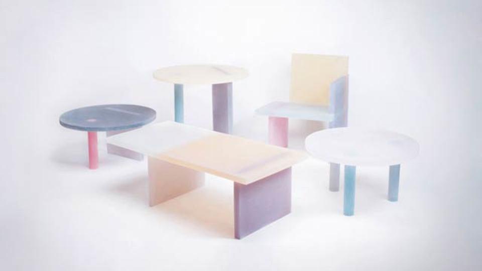 ゼリーみたいな羊羹みたいな、可愛らしい家具