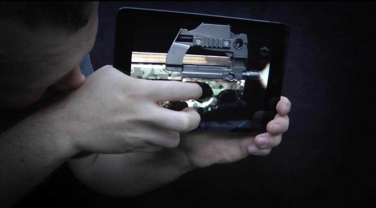 おっきな男の子あつまれー! スマホが銃になっちゃうアプリ「Weaphones」(動画あり)