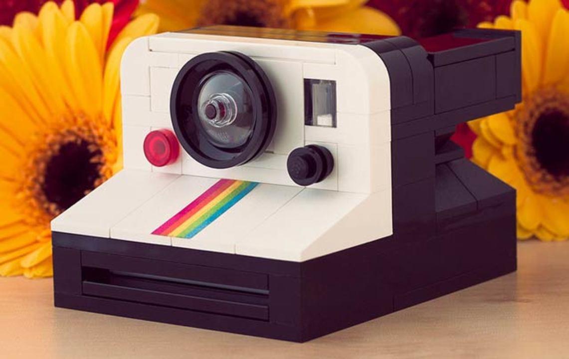 レゴインスタントカメラ、なんとレゴポラロイドが出てくる仕掛けもあり!
