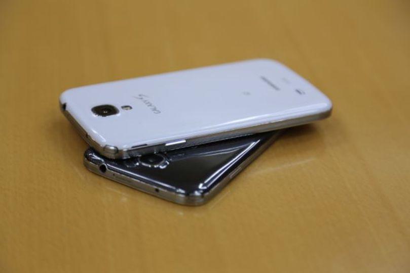 【ドコモ新製品発表会】「Galaxy S4」:フルHD有機EL液晶と期待以上に機能満載のフルスペックスマホ