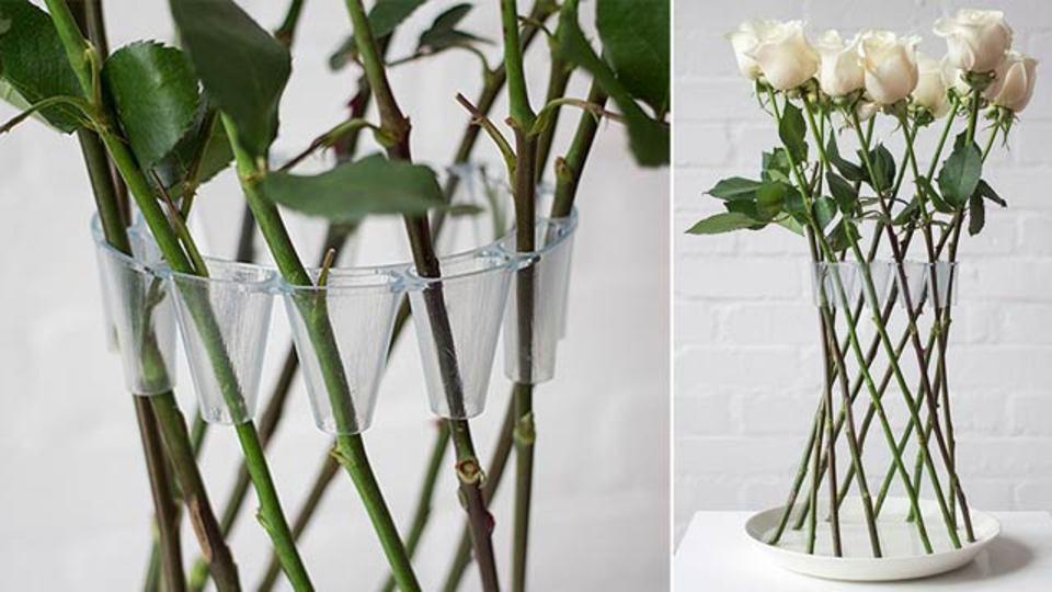 茎がそのまま花瓶の一部になる、ミニマルで賢い花瓶