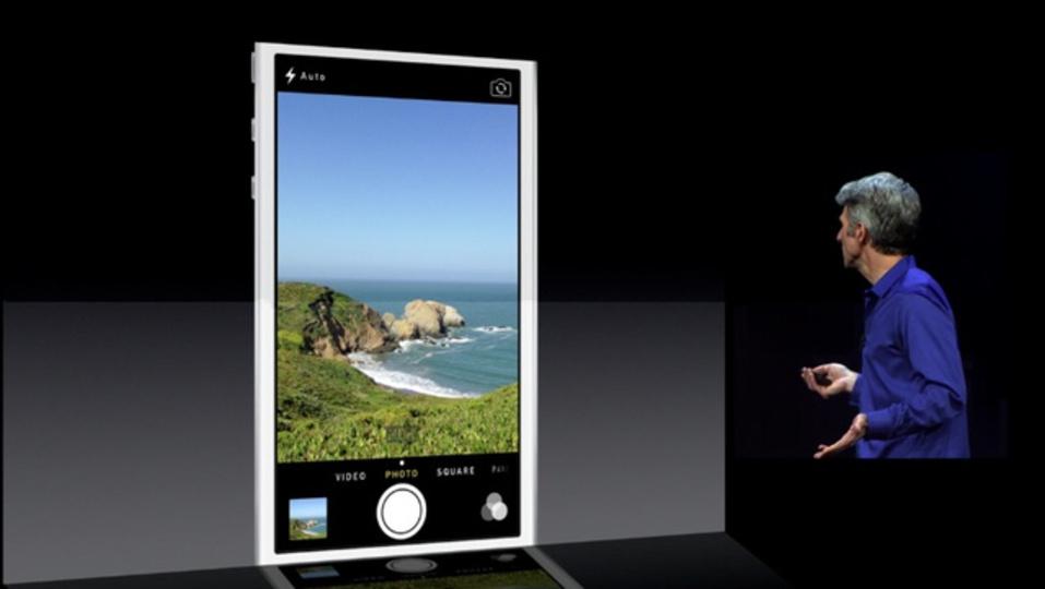 [ #WWDC2013 ]iOS 7ではカメラと写真機能も一新。よりユーザーライクなものに