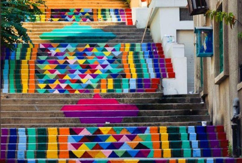 「色」の持つ力! パブリックアートで街を明るくする取り組み