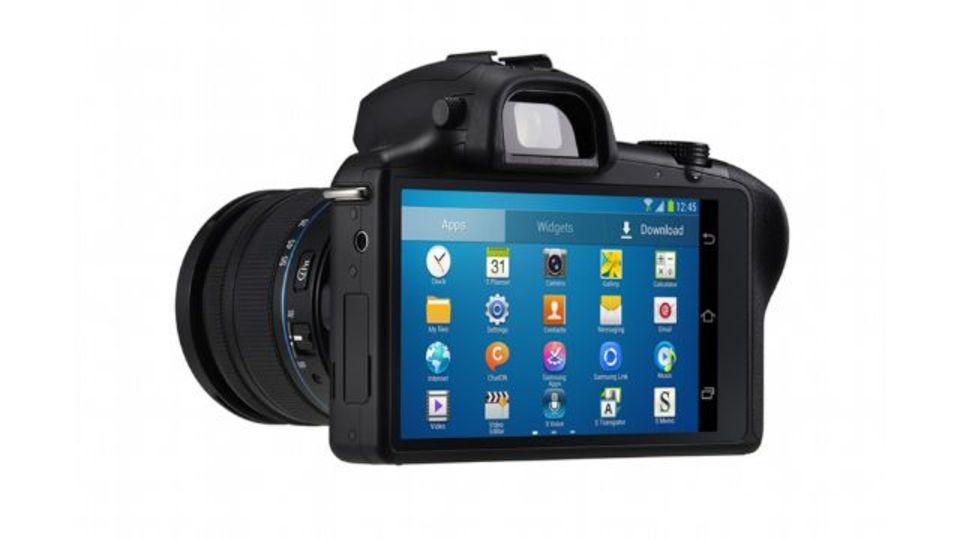 GALAXY NX発表! レンズ交換式カメラにAndroidとLTE接続が合体
