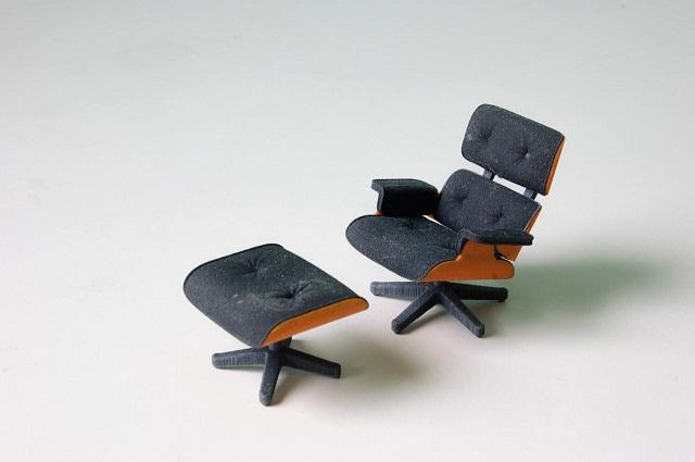 130626-3D-Eames-Chair-2.jpg