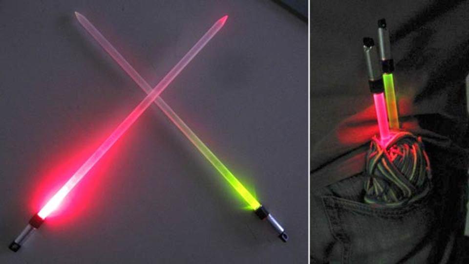 フォースの力でニットを編む、ライトセーバー棒針