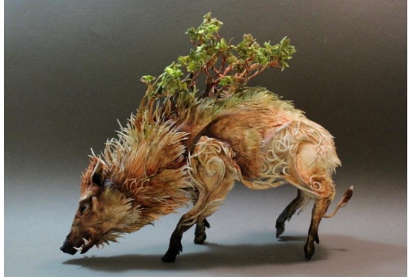 どことなく日本のアニメっぽい、自然と生命の垣根を超えた彫刻アート
