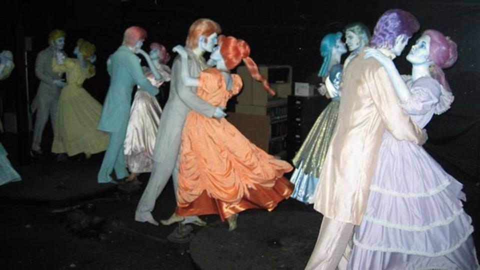 世界で最も有名なお化け屋敷「ホーンテッドマンション」の舞台裏(写真ギャラリーあり)