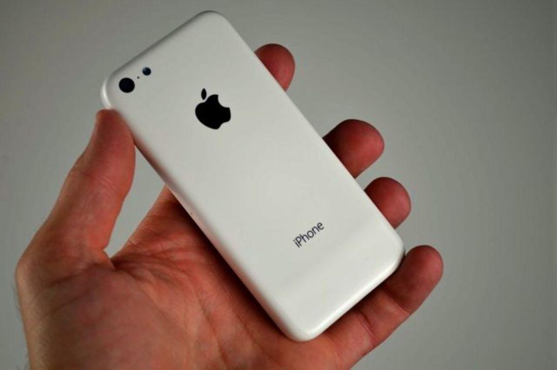 廉価版「iPhone 5C」の写真が多数公開に。価格は約5万円からという説も
