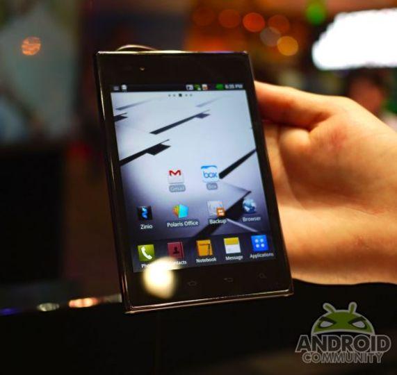 Galaxy Noteの対抗機、LG電子「Vu:III」はSnapdragon 800搭載で9月下旬に発売?