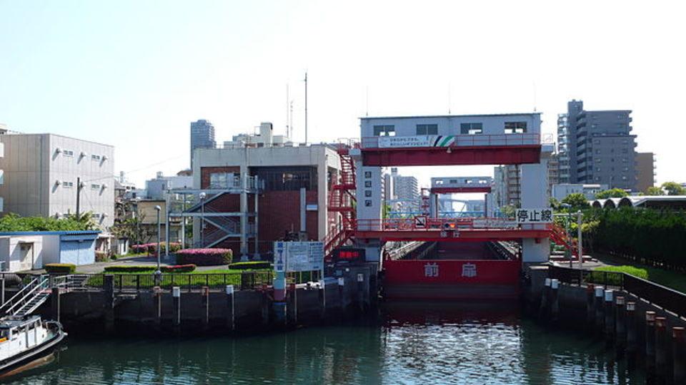 東京のminiパナマ運河こと扇橋閘門が自由に見学できます(動画あり)