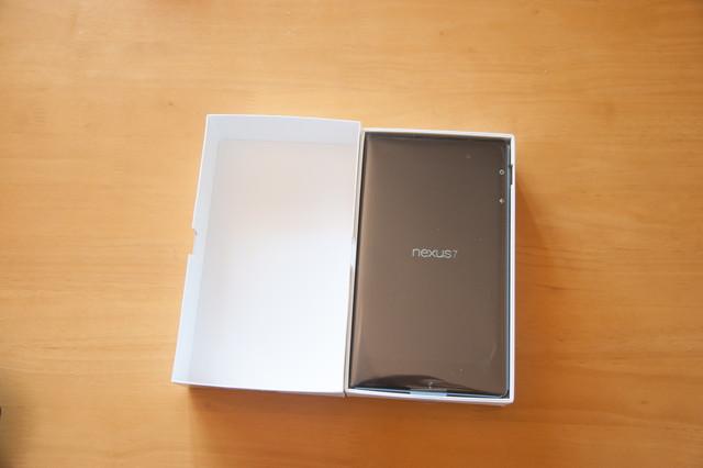 130828NewNexus7Unbox09.jpg