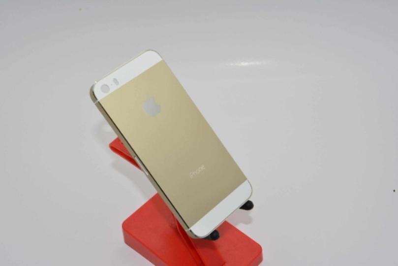 噂のiPhone 5S「シャンパンゴールド」の背面パネル高解像度写真がリーク