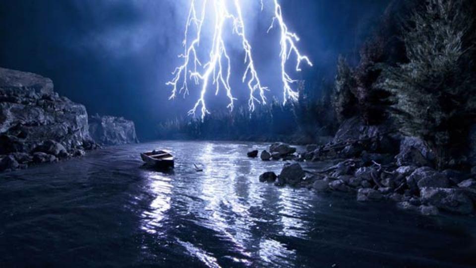 なんとも恐ろしい嵐の夜、まさかこれが全部偽物だとは…