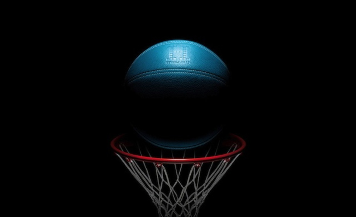 「絶対にドリブルするなよ!」と言われそうな高価すぎるバスケットボールが登場!