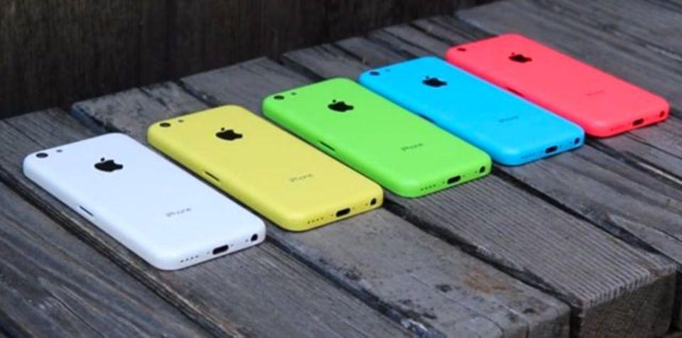 日本投入なるか!? 120万台のiPhone 5Cが米国に出荷開始との情報