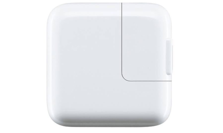 アップルが謎の17W ACアダプタを開発中との噂。12.9インチのiPad Maxi用?