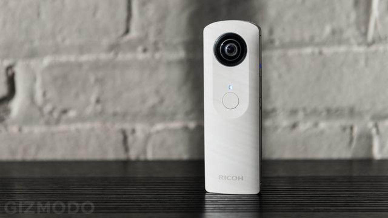 [ #IFA2013 ]リコーからワンショットで360度を撮影できる全天球カメラ「RICOH THETA」が発売に!