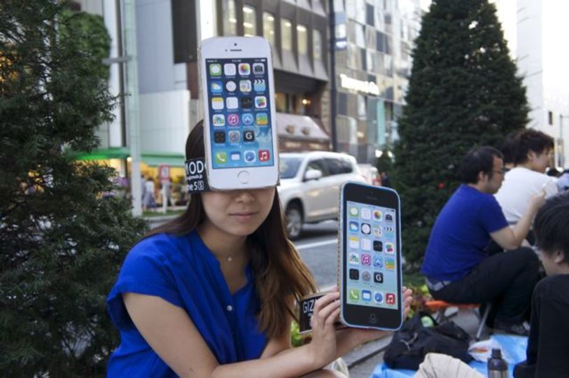 アップル、Apple Watch発売行列を制限したい本音も?